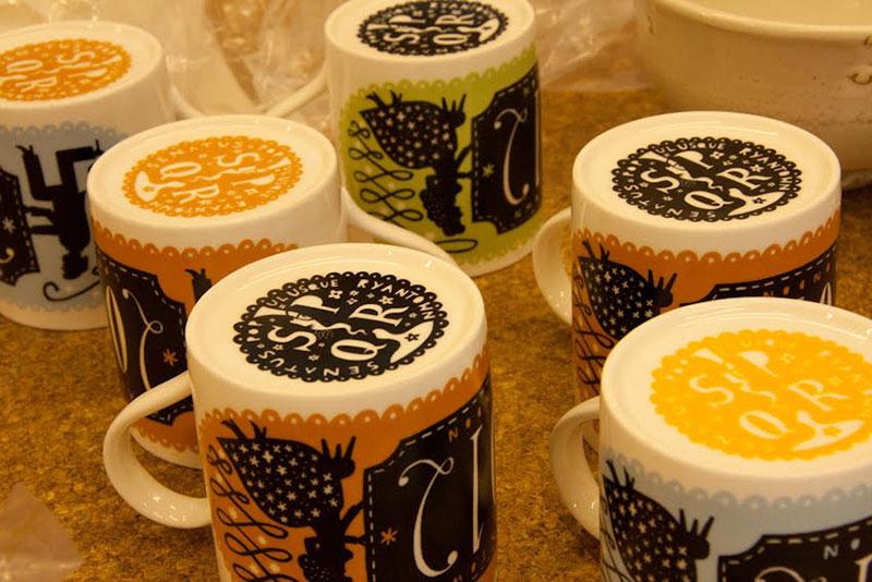2012-mugs4-1