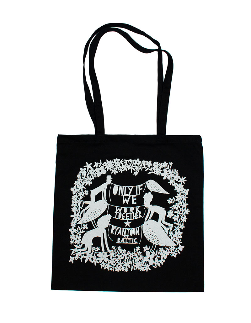 BLACK-TOTE-FRONT